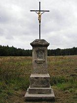 Kříž u odbočky do vsi - září 2007