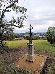 Pohled od kříže k České Kamenici