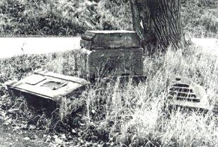 Stav památky před odcizením v roce 1997.