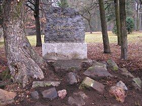 Památník Walthera von der Vogelweide - listopad 2007