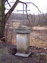Kreuz an der alten Strasse nach Stružnice - 6.12.2003