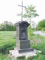 Kříž u silnice do Vlčího Dolu - 25.5.2005
