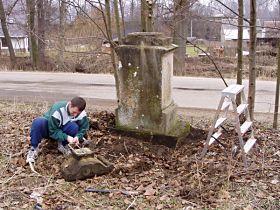 Oprava kříže, 27.3.2005