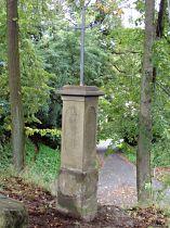 Kreuz vor dem Friedhof - 30.9.2005