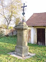 hřbitovní kříž - 30.10.2005