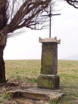 Kříž u hlavní silnice - leden 2007