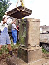 Reparatur des Kreuzes, 17.9.2005