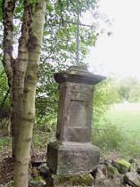Kříž v lukách západně od obce - září 2006