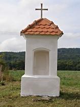 Opravená kaplička před osazením obrázku, srpen 2008