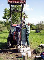 Reparatur des Kreuzes, 29.5.2004