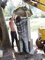 Reparatur des Kreuzes, 24.8.2003