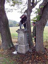 Reparatur des Kreuzes, 4.10.2003