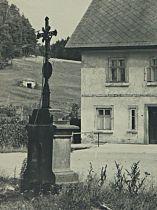 kříž na pohlednici z 1. poloviny 20. století