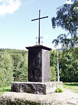 Kreuz am Fahrweg aus Juliovka nach Hamr - 26.8.2005