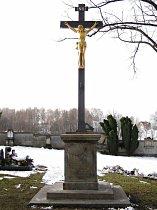 Hřbitovní kříž - listopad 2007