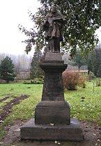 Socha sv. Jana Nepomuckého - říjen 2007