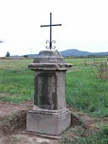 Kreuz am Südwestrand des Dorfes - 28.8.2004