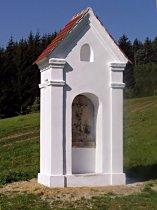 Kaplička v údolí pod Brnišťským vrchem - září 2006