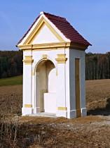 Kaplička v poli pod Brnišťským vrchem, 2010