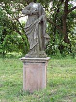 socha Panny Marie bez hlavy