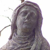 detail renovované hlavy Panny Marie