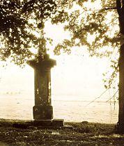Obrázek kříže z října 1954